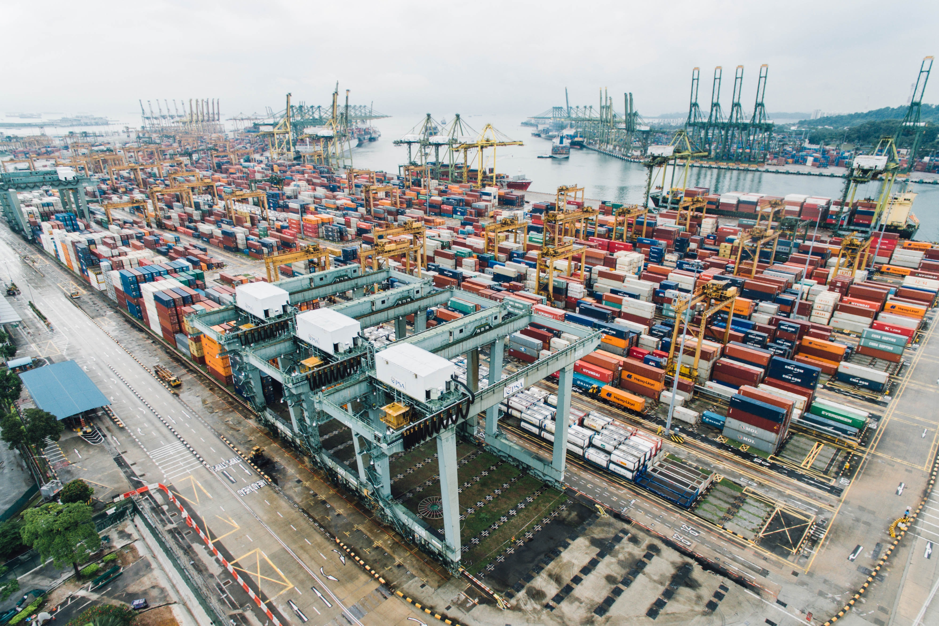 How AI is Influencing the Shipping Industry Today